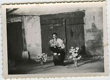 PHOTO ANCIENNE - HOMME FLEURS EVENTAIL GAG - FLOWERS MAN GAY - Vintage Snapshot