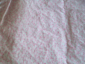 Pottery Barn Kids Crib Toddler Fitted Sheet Pink White Tiny Floral Leaf Vine