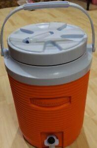 Rubbermaid 153c Cav4 Drink Dispenser Cooler 2 Gallons Orange Made in USA