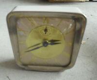Vintage Lux Deluxe Alarm Desktop Clock