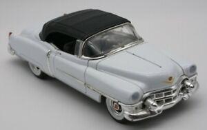 Model Welly 22414. White Cadillac Eldorado. 1:24 scale. Unboxed. Used.