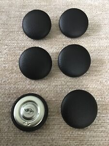 Faux Leather 45L/28mm Noire Vinyl Covered Loop Back Upholstery Buttons (Black)
