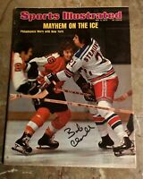 1974 Philadelphia Flyera BOBBY CLARKE Signed Sports Illustrated NO LABEL