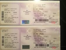 Lot de 2 places CARRE OR concert Britney Spears PARIS 28 aout
