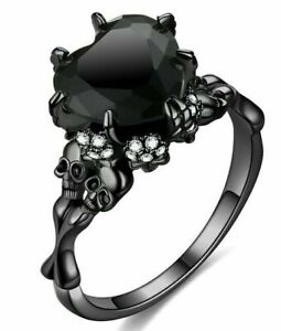Ladies GOTH CRYSTAL HEART RING Wedding Engagement Dress SKULL Black Purple Red