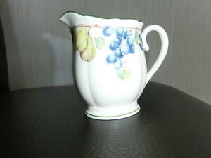 Villeroy & Boch, Milch-Kaffeesahne-Kännchen der Serie-Melina(Oval,10cm hoch)