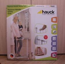 Hauck Squeeze Handle Safety 75cm - 81cm, weiß,Kinderschutzgitter,Türschutzgitter