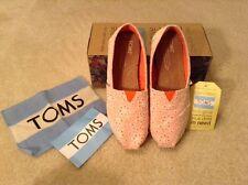 NWB! Womens Toms Plaid Orange Anglaise Flats Sz 5 Cute Style! Retail $54