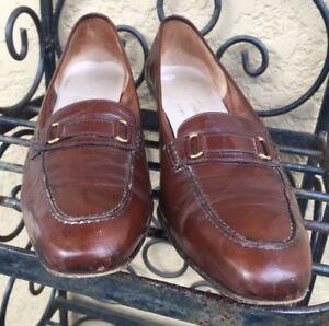 Salvatore Ferragamo Boutique Classic Dark Brown Women's Leather Loafers US 9.5