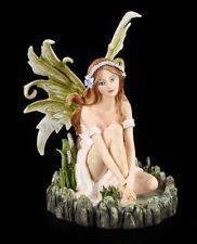 Elfen Figur - Sitzt an Teich - Fantasy Fee Wasserelfe Deko Statue