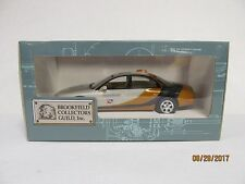 1996 Oldsmobile Aurora Pace Car 1:25 Scale Brookfield Plastic Promo Car Replica