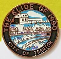 THE SLIDE OF 1990 CITY OF TRENTON NEW BRIDGE LAPEL PIN VINTAGE COLLECTIBLE