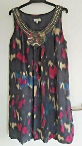 Ladies GRACE HILL Grey Colourful Dress sz 12