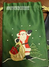 Rico: 1 Geschenksäckchen, grüner Satin, Weihnachtsmann, 31 x 20 cm #687