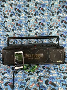 Hitachi TRK-3D80E Stereo Radio 3d Bass Boombox In Box Cassette Player Faulty