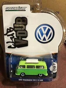 Greenlight  Club V - Dub 1969 Volkswagen Type 2 Bus w/ roof rack  GREEN MACHINE