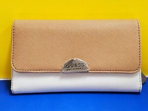 New GUESS NOOR Saffiano leather trifold ladies' clutch organizer wallet