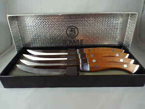 Towle Connoiseur Steak Knives Set of 4 Wood Handles Stainless Steel Blades EUC