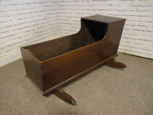 BEAUTIFUL ANTIQUE 19TH CENTURY CARVED OAK BABY'S CRADLE, ROCKING CRIB, COT BED.