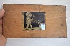 Ancienne plaque de verre humoristique à système (Le cuisinier le poisson sauteur