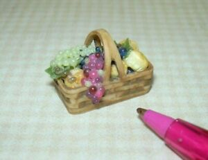Miniature HALF Scale Brown Resin Bread Basket #2: DOLLHOUSE 1/24 or Small 1:12