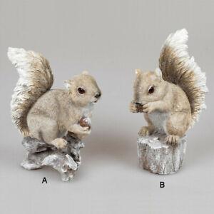 Dekoration Eichhörnchen auf Kieferzapfen sitzend braun 14 cm h Polyresin