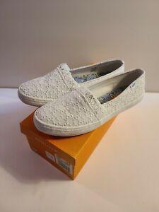 NIB Rocket Dog  Womens Slip-On Casual Shoes WHITE  PRETTY PETAL MSRP $45 SZ 8M