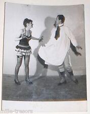 PHOTOGRAPHIE des Artistes ANITA et JEAN en tenue légère - Guêpière ...