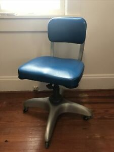 Vintage 1974 MCM GoodForm Aluminum Chair Propellor Base on Wheels, Bright Blue