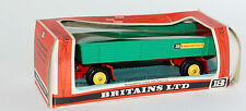 Britains 9558 8 Wheeled Trailer in green with a red base in 1:32 scale
