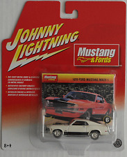 Johnny Lightning -'70/1970 FORD MUSTANG MACH 1 Bianco Nuovo/Scatola Originale