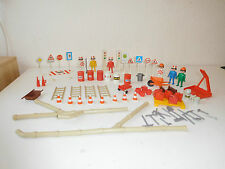 PLAYMOBIL parts like set 3400 workmen and accessories