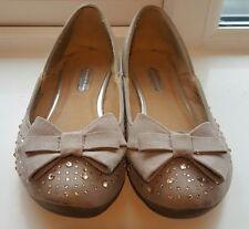 Dorothy perkins grey bow embellished pumps. Size 4