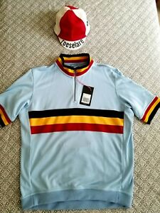 Rapha Special Edition Country Jersey (Belgian Colors), with matching cap.