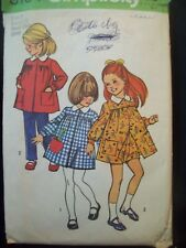 Vintage Simplicity Pattern 5164 Girls Smock Dress & Shorts Size 3 circa 1970s