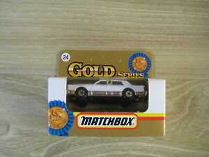 MATCHBOX SUPERFAST  MB24 LINCOLN TOWN CAR LIMOUSINE ABSOLUTELY MINT
