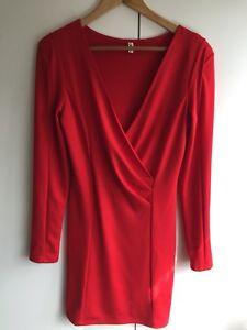 Modern girl ladies red padded shoulders dress size Medium 🌹