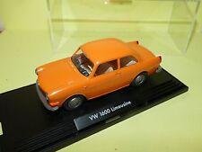 VW 1600 LIMOUSINE Orange WIKING 1:40