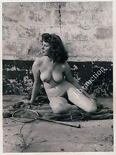 Nudism NUDE SQUASH PLAYER OUTDOOR / NACKTE SPORTLERIN FKK * Vintage 50 Photo