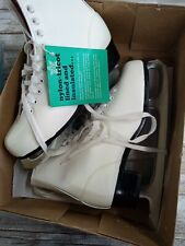 Figure Skates With Box American Aces Vintage Girls White Size 3 1963 or older