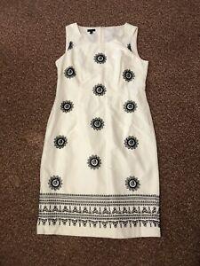 Talbots White Embroidered Sleeveless Dress Size 6 100% Cotton