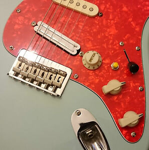 The '2 Band EQ' Modification for Strat Style Guitars