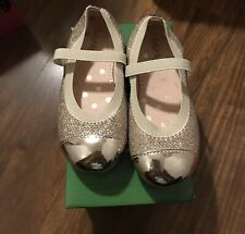 Girls Size 8 Gold Shoe Trinkets Brand