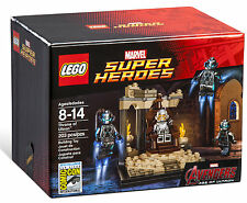 LEGO 2015 SDCC Marvel Super Heroes Throne of Ultron  - New Sealed