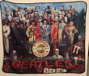 The Beatles- Sgt. Pepper's Lonely Hearts Club Band Throw Blanket 2009 Funky EUC