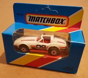Matchbox MB62 - Chevrolet Corvette C3 Targa - weiss-rot