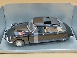 1/18 Citroën DS Présidentielle Noir 1963 Solido ref: 8035