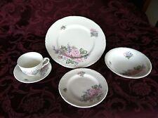 WEDGEWOOD 'Romance Rose' 12 setting, fine bone china dinner set, used once.