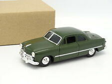 Ertl Sb 1/43 - Ford Coupe 1949 Green