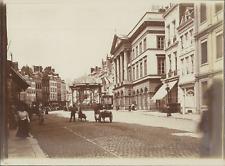 Belgique, Vue d'une rue et d'un hôtel de ville, ca.1905, vintage citra